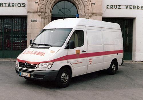 2005 - Ambulância Mercedes