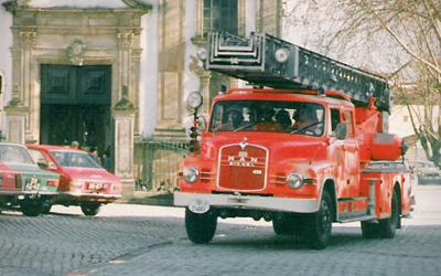 Auto-Escada - 01/01/1988