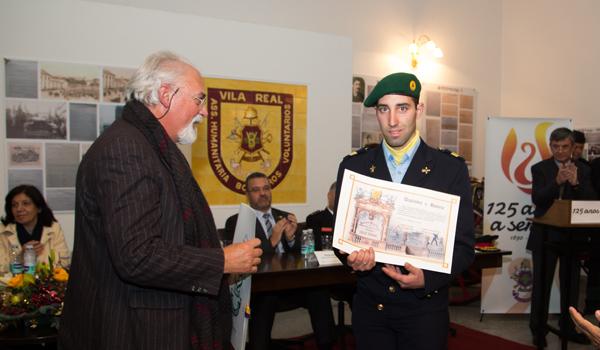 Atribuído o Diploma de Honra ao bombeiro de 2ª classe Hugo Parente.