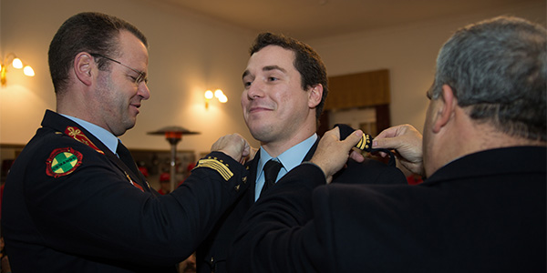 Imposição das insígnias ao Adjunto de Comando José Freitas