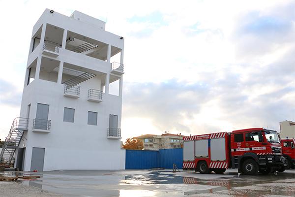 Torre / Casa Escola